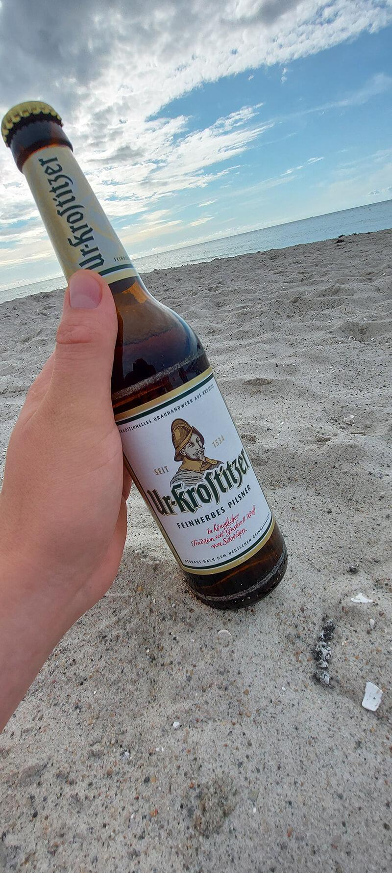Ostsee. Sommer, Sonne, Strand und Urkrostitzer. – Philipp